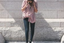 05 navy skinnies, black booties and an oversized red striped button down