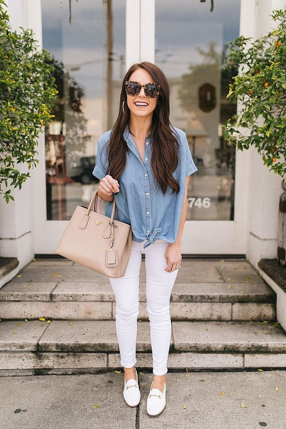 a double denim look with white skinnies, an oversized chambray shirt and white loafers look casual