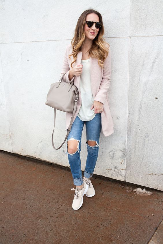 a weekend outfit with ripped blue skinnies, a white tee, a blush blazer, white sneakers and a blush bag