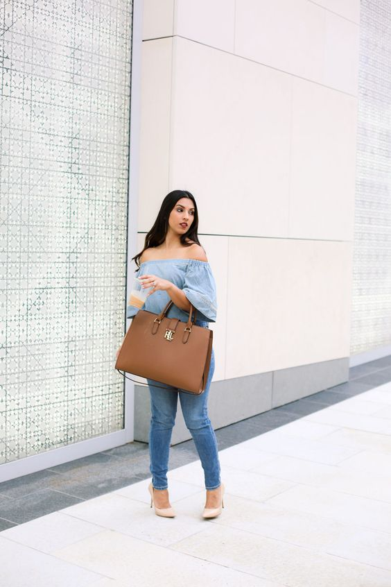 a large brown tote bag is a perfect idea to wear it to work and many other occasions, too