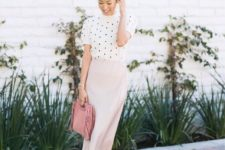 09 a blush midi skirt, a white and black polka dot turtleneck, nude shoes and a pink bag
