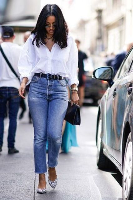 a white shirt, blue straight jeans, leopard print slingbacks and a black bag - two trends incorporated in one outfit