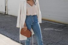 blue mom jeans, a blush top, a creamy long blazer, nude heels and a brown bag is a chic outfit
