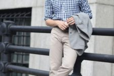 03 a summer work outfit with a blue checked button down, tan pants, bright blue loafers and a grey blazer