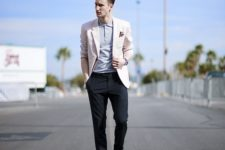 04 a creative work look with a grey polo shirt, a blush blazer, black chinos and blue loafers