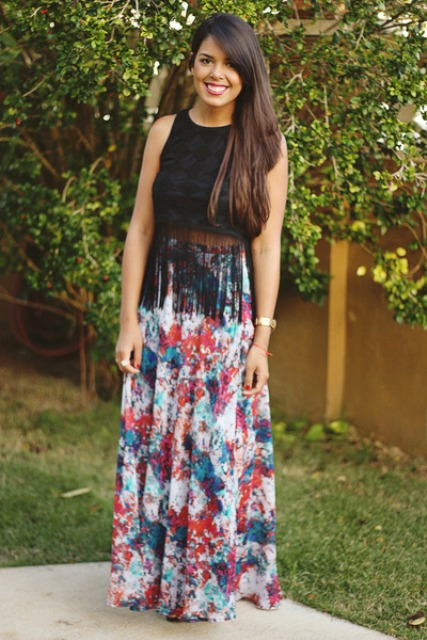 Wih floral maxi skirt
