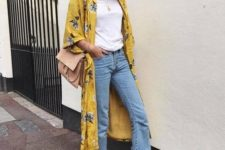 02 blue cropped jeans, a white basic tee, a mustard floral kimono, nude heels and a blush bag
