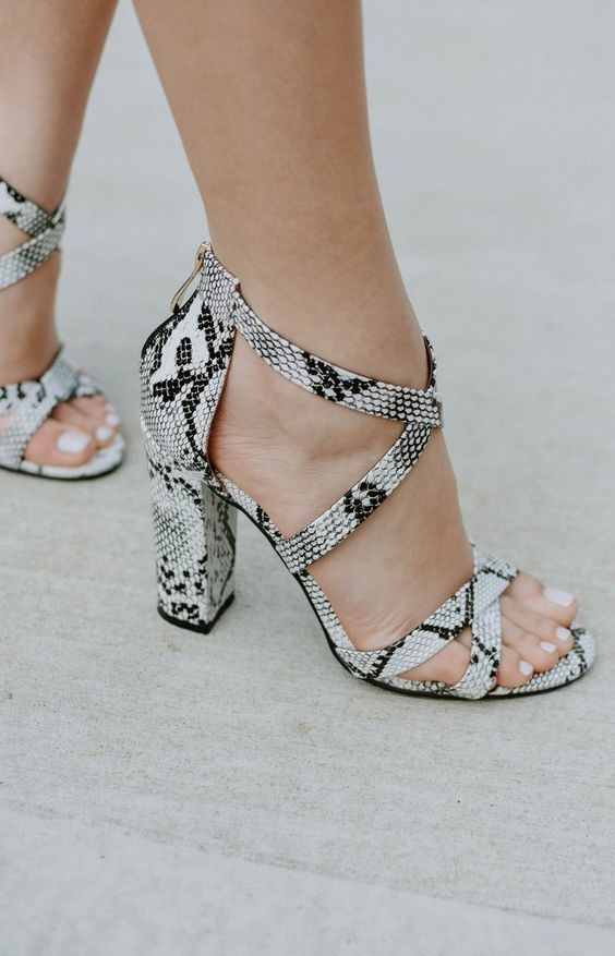 snake print strappy block heel shoes are amazing for all kinds of summer parties
