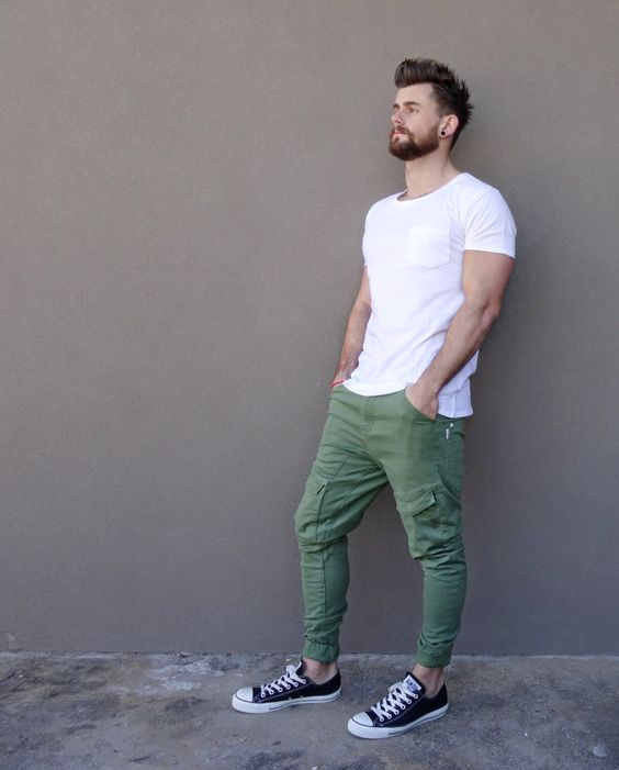 green cargo pants, a white t shirt and black Converse for sporty casual looks in summer