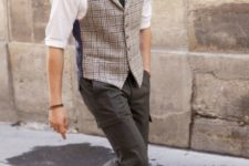 13 a casual work look with dark jeans, a plaid wiastcoat, a white shirt, a black tie and brown shoes