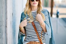 04 a mixed print look with a striped tee, a polka dot ocher skirt, a brown bag and a blue denim jacket
