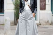 05 a chic look with a white shirt, grey culottes, snake print shoes and a black leather bag