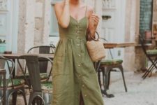 08 a green midi dress with spaghetti straps, buttons, brown slippers, a straw bag and a colorful bandana