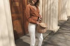 08 white cropped jeans, a rust-colored polka dot wrap shirt, espadrilles and a basket bag