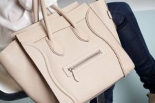 13 a blush carry-all bag is amazing for work and not only, and its basic color will make it universal