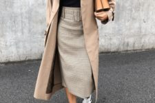 16 a black turtleneck, a plaid pencil midi, a neutral trench and white sneakers for a girlish and casual look
