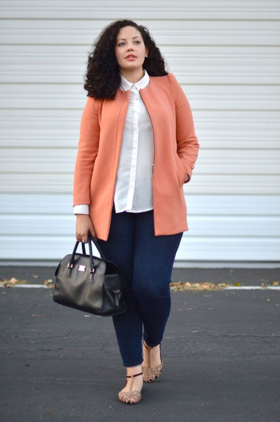 navy skinnies, vintage-inspired flat sandals, a white shirt, a coral blazer with a zip and a black bag