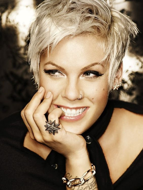 Pink wearing a cool nostril piercing, which became her signature accessory