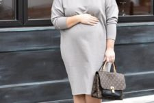 13 a comfortable grey plain midi dress with long sleeves, silver flats and a brown bag will make you feel cozy