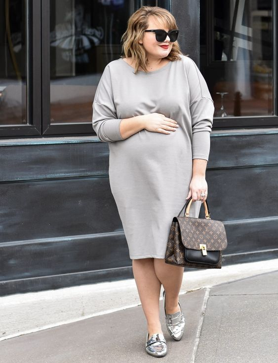 a comfortable grey plain midi dress with long sleeves, silver flats and a brown bag will make you feel cozy