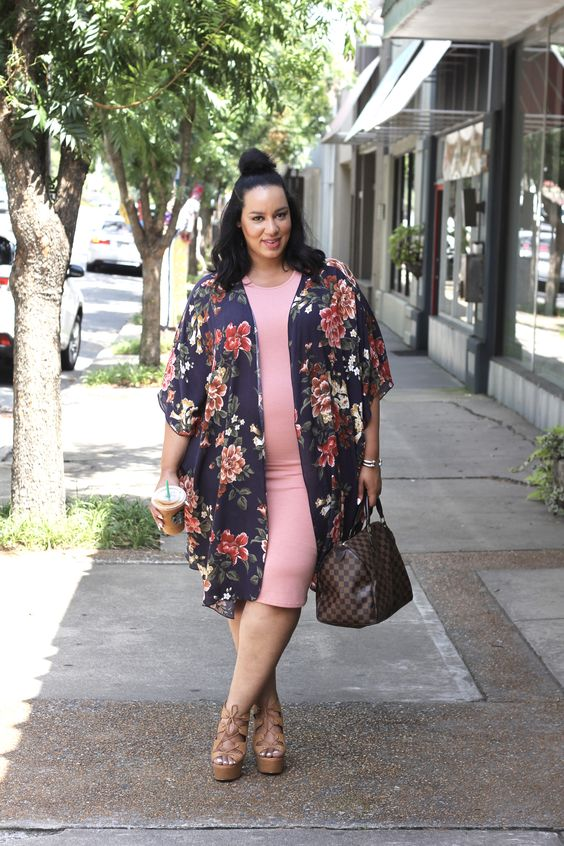 a pink midi dress, a floral kimono, lace up shoes and a brown bag for a comfy summer work look