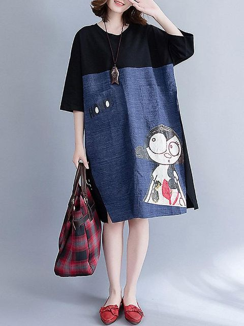 With plaid tote bag and red flat shoes