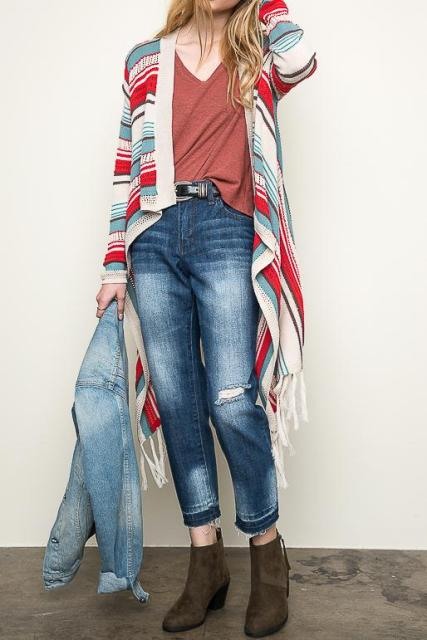 With t-shirt, belt, denim jacket, ankle boots and cropped jeans