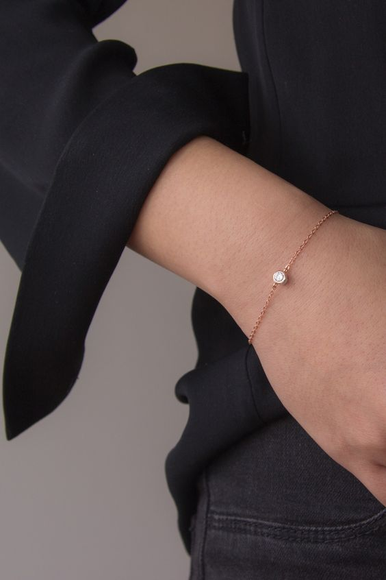 a copper chain bracelet with a single solitaire is always a cool and stylish idea with a minimalist feel