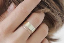 05 minimalist gold rings – thin ones and a wide one for creating a bold modern combo