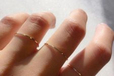 06 very tiny and thin gold rings to accessorize your hands right