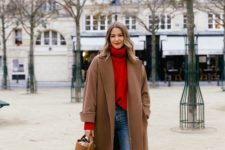 an oversized coat is always a great choice for a fall outfit