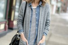 12 a striped tee, a denim jacket, blue jeans, a long grey cardigan and a black bag for a stylish basic look