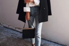 13 a stylish look with blue cropped jeans, a white shirt, a black oversized blazer, black shoes and a black bag