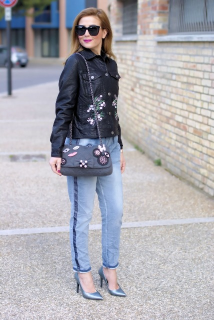 With jeans, chain strap bag and metallic pumps
