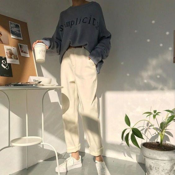 a graphite grey sweatshirt, creamy oversized pants, white sneakers for a casual everyday look