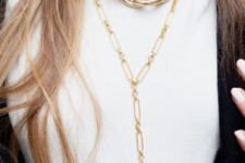 04 make your outfit bolder and trendier with a heavy chain necklace and a more delicate one with a pendant