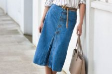 07 a striped shirt, a blue denim midi skirt, nude heels and a matching bag for an effortless fall look
