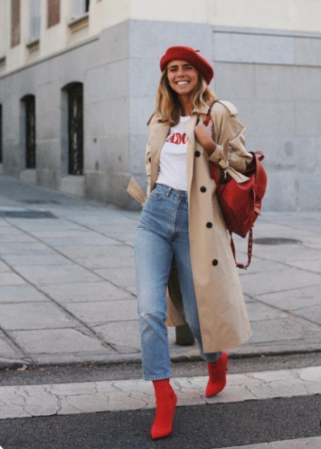 add a colorful accent to your look with your beret, a bag and booties and embrace the fall