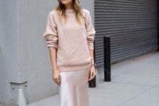 09 a silver midi slip dress, a blush sweater, a creamy hat and black slipper mules for a trendy fall outfit