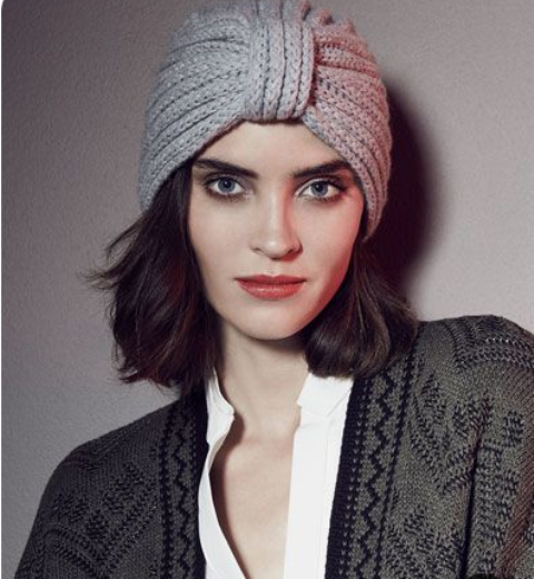 a knit turban is a stylish and refined idea for a fall or winter look, it will raise your outfit to a new level
