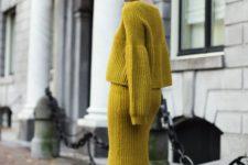 an all-mustard look