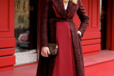 12 a monochromatic outfit with a burgundy knit turban is a very refined and chic idea