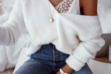 13 a sexy look with an oversized white pullover, blue ripped jeans, a lace bralette and layered necklaces