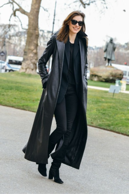 With black t-shirt, blazer, skinny pants and heeled boots
