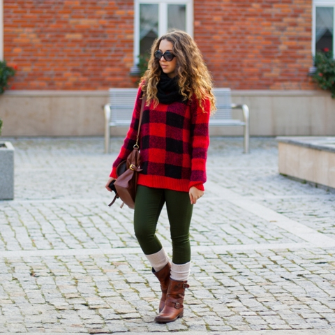 With dark green leggings, beige socks, brown boots and marsala bag