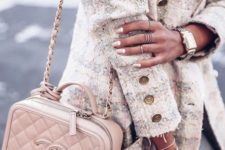 a blush Chanel bag on a chain with belt is a comfortable piece to add a girlish touch to your look