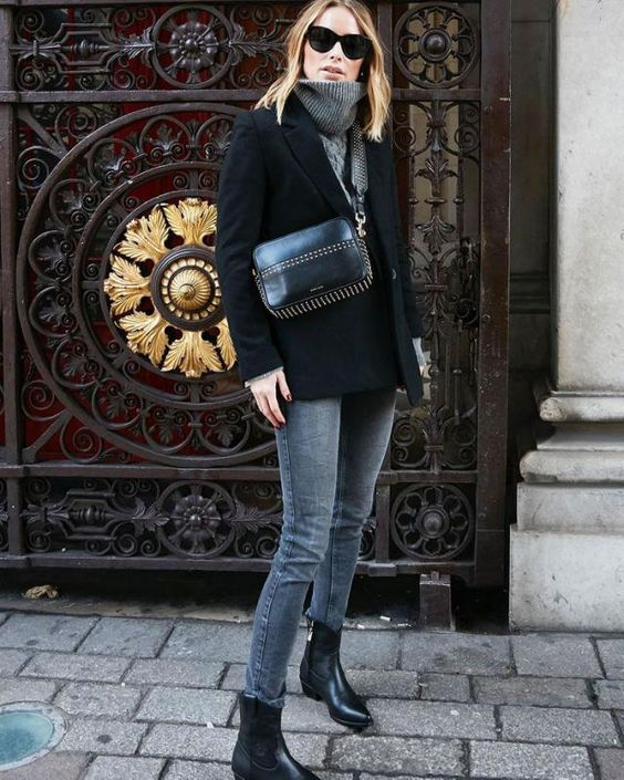 grey skinnies, a grey sweater, black boots and a black blazer coat plus a black bag for winter