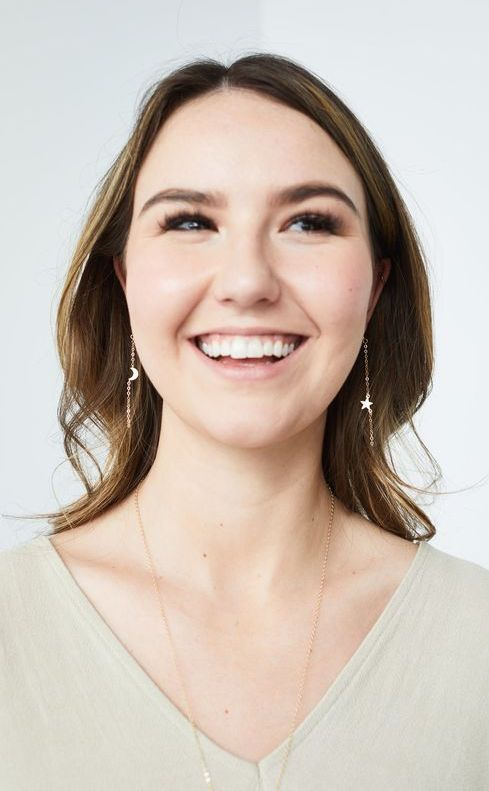 mismatched moon and sta hanging earrings look minimalist, cute and very chic
