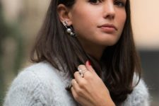 a mono pin earring with two large pearls and a matching ring will totally change your look