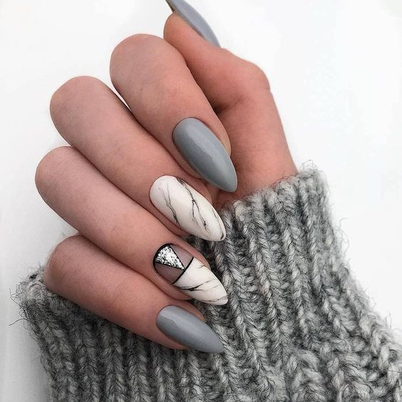 neutral grey nails mixed with marble ones